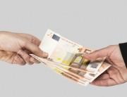 L'indemnité de transfert ou de déplacement est octroyée au locataire évincé de son droit